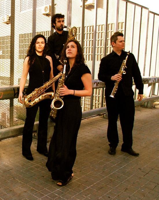 Quartet-Sax-sons_imagelarge.jpg