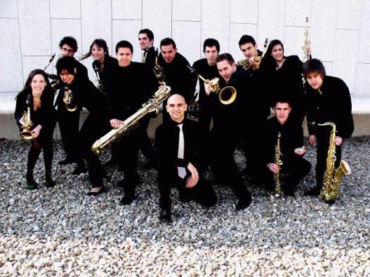 Saxofones del CSMA con Mariano García .jpg